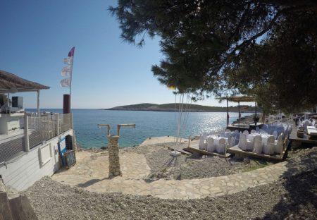 Split Sailing -DIV- Hvar Carpe Diem Beach