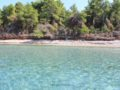 splitsailing net – Aquarius anchor Laastovo 4